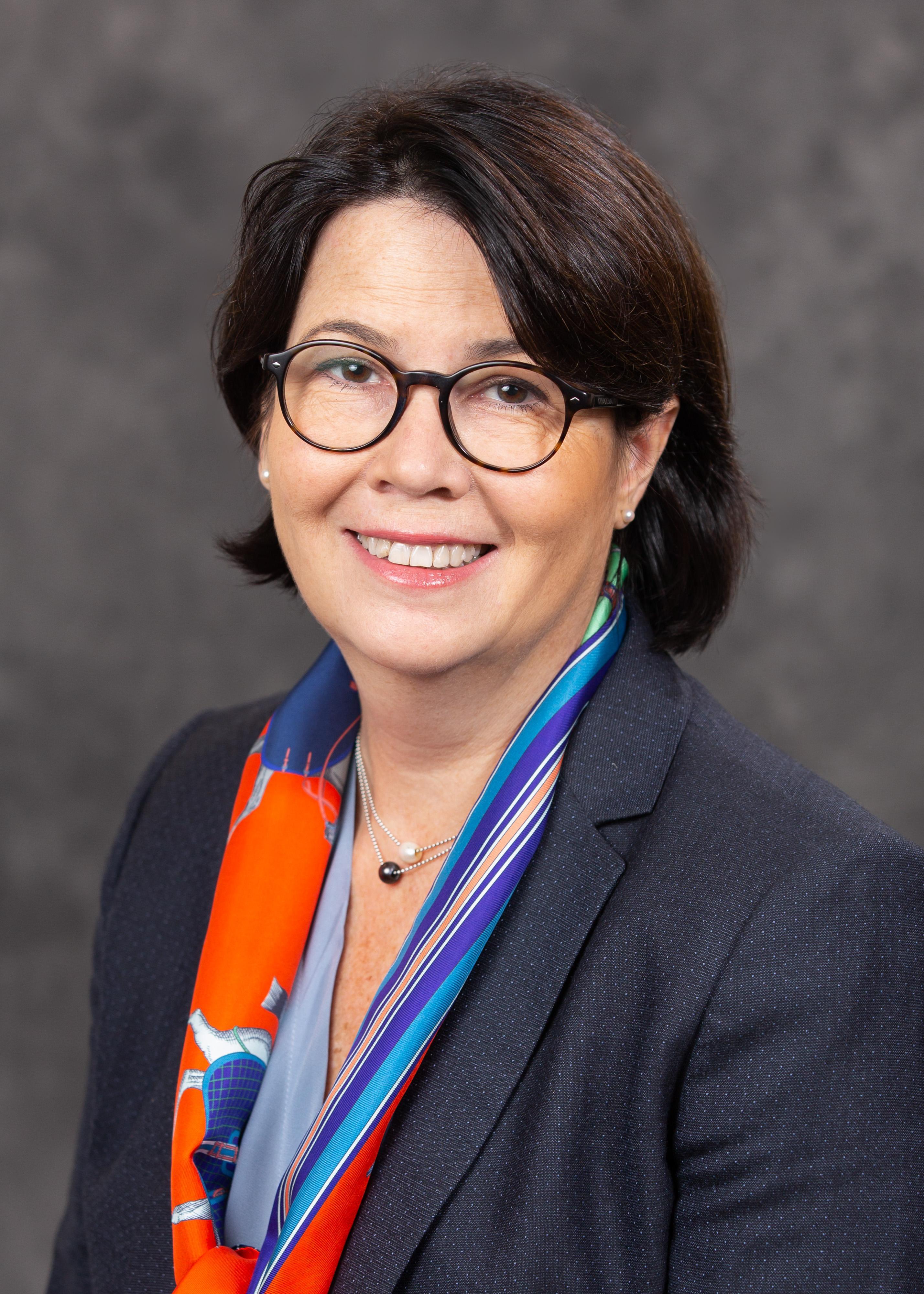 Carol Sirou - Independent member